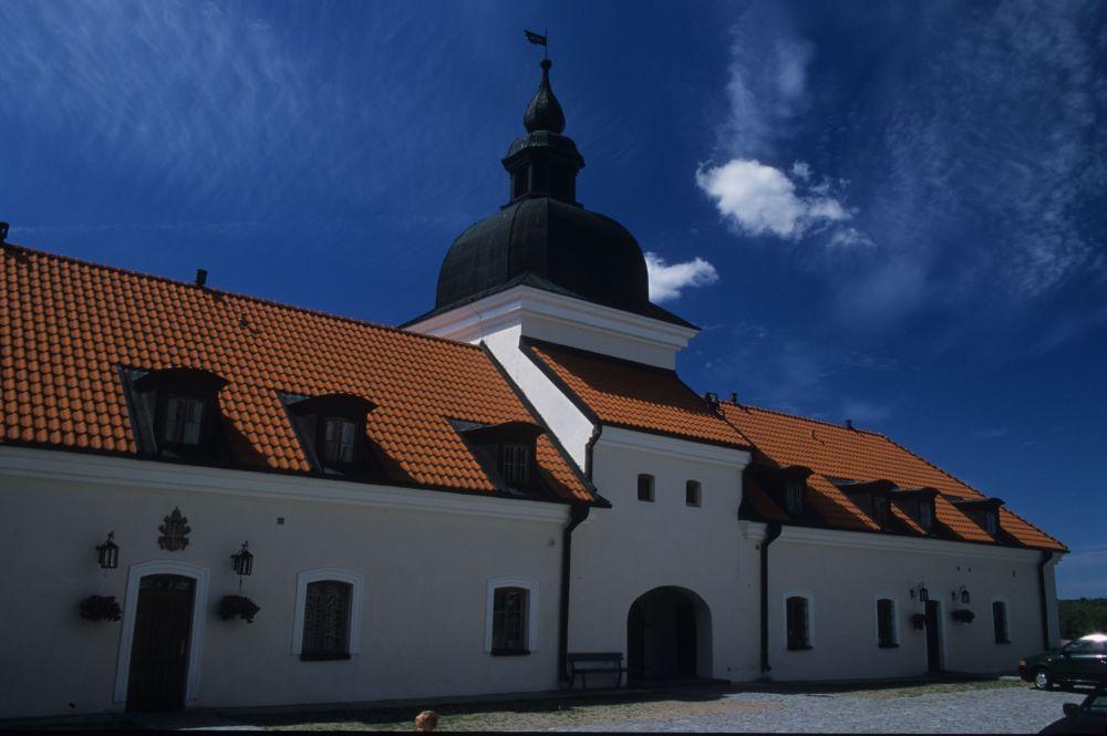 Zgoda ministerstwa na inwestycje w Pokamedulskim Klasztorze w Wigrach